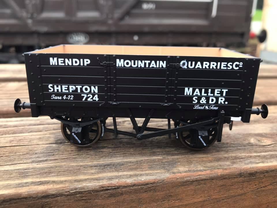 5-plank Mendip Mountain Quarries wagon in O-gauge
